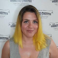 Vive le jaune! Par Julie  #pulpriotisthepaint #lemonworld #coiffuremontreal #coiffurehochelaga #ombrédejaune #soleilsoleil #lacornettetouffue @juli_aimestescheveux Julie, Hairstyle