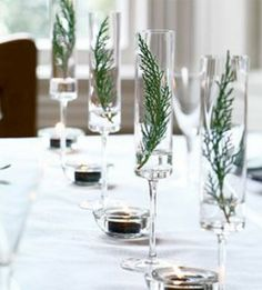 HOLIDAY TABLE CENTERPIECES - Click image to find more Holidays & Events Pinterest pins