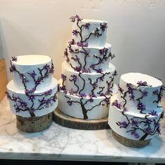 Tartas buttercream cerezos. Mugs, Tableware, Dinnerware, Tumblers, Tablewares, Mug, Dishes, Place Settings, Cups