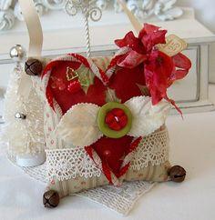 beautiful Christmas pincushion ♥