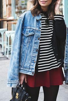 Vintage_Levis-Red_Skirt-Striped_Top-Loafers-Street_Style-Outfit-15 por collagevintageblog, a través de Flickr