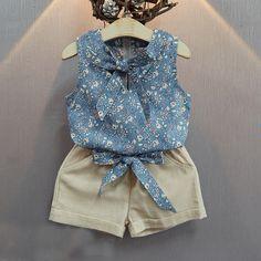 Estilo verão Crianças Roupas Da Moda camisa da flor t + calça Bebê Se  Adapte Às e8781aae1e74d