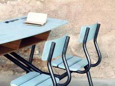 Table d'écolier & Bureau - Récup & Déco Outdoor Chairs, Dining Chairs, Outdoor Furniture, Outdoor Decor, Palette, School Desks, Style Vintage, Tour, Interiors