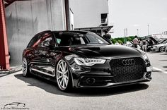 GOOD LORD I love these Audi Wagons.