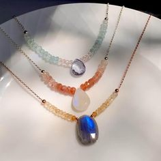 Diy Jewelry Necklace, Bead Jewellery, Gemstone Necklace, Necklace Designs, Handmade Necklaces, Beaded Jewelry, Handmade Jewelry, Chunky Bead Necklaces, Beaded Necklaces