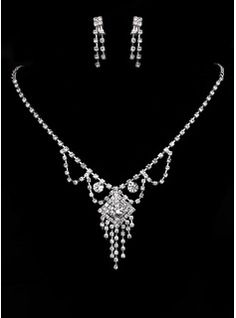 Jewelry Jewelry (Shining Czech Rhinestones With Alloy Plated Wedding Jewelry Set,Including Necklace And Earrings 011005478)
