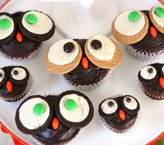 Mom & Baby Owl Cupcakes by @Chris Nease