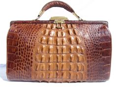 VIntage Skins: An Exclusive Boutique Offering Antique and Vintage Alligator, Crocodile, and Other Exotic Skin Handbags & Accessories Vintage Purses, Vintage Bags, Vintage Handbags, Brahmin Handbags, Tote Handbags, Purses And Handbags, Gucci Tote Bag, Carpet Bag, Handbag Accessories