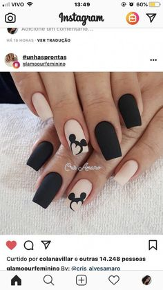 Ideas nails sencillas cortas negras for 2019 Disney Acrylic Nails, Almond Acrylic Nails, Best Acrylic Nails, Acrylic Nail Designs, Nail Art Designs, Disney Nail Designs, Almond Nails, Nails Design, Stylish Nails