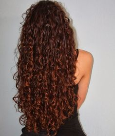 Long curly hair - hopefully one day my hair will look like this!