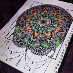 Must. Go. To. Sleep.... #art#artist#artistic#drawing#sketch#sketchbook#illustration#illustrator#fineliner#blackandwhite#dreamcatcher#mandala#mandalala#henna#mendhi#wip#workinprogress#mandala_sharing#colouring#dotwork#zentangle#doodle#doodleart