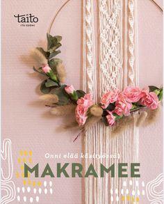 30 kaunista makramee-ohjetta Wreaths, Decor, Decoration, Door Wreaths, Deco Mesh Wreaths, Decorating, Floral Arrangements, Garlands, Floral Wreath