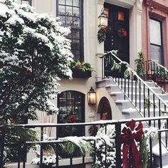 Winter and Christmas aesthetic Christmas Time Is Here, Christmas Mood, Merry Little Christmas, Noel Christmas, Christmas In The City, Beautiful Christmas, Christmas Tumblr, Christmas Coffee, Christmas Quotes