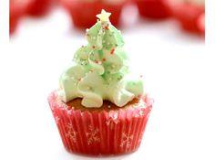 A cupcake tökéletes választás lehet karácsonykor, ha szeretnénk valamivel elkápráztatni a családot és a vendégsereget. Az ünnepi menü megkoronázásához különböző