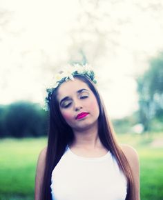 #corona #flores #indie #girl #photography
