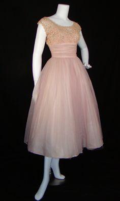 Dreamy Vintage Dress  50s Ballerina Pink