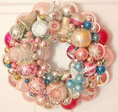 This is so lovely!  I have several older ornaments that would work well here.