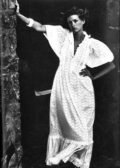 "Vogue Paris 1972 ""File de la mer"" Model: Beshka Sorensen Photographer: Mike Reinhardt"