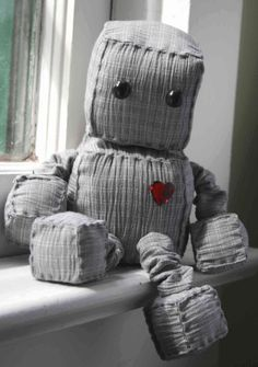 Ruby Robot by Littlebrownbyrd on Etsy