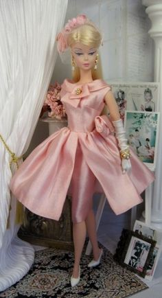 Walk Away for Silkstone Barbie and Victoire Roux on Etsy now | DOLLS by LADY_VIOLA