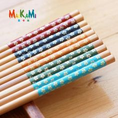 1 Pairs 5 Colour Natural Wood Chopsticks Value Pack Cooking Tableware Durable Theaceae