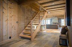FINN – KIKUT - Praktfull hytte med utsøkt beliggenhet! 5 sov, loftstue, garasje, solrik utsiktstomt Winter House, Home And Away, Stairs, Real Estate, House Design, Interior Design, Home Decor, Ideas, Patio