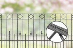 Design hekwerk type Parijs uit onze #Elegance #Premium programma: -Standaard lengte 2510 mm -Hoogtes 800 en 1000 mm *Kleuren zilver, grijs, antraciet, groen, roestkleurig, rood, blauw en champagne. Andere maten en kleuren op aanvraag.  #www.zichtdicht.nl