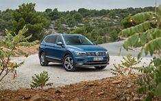 Download wallpapers Volkswagen Tiguan, 2018, blue crossover, new Tiguan, USA, German cars, Tiguan Allspace