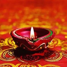 Happy Diwali Pictures, Fire Pit Pizza, Clay Mugs, How To Make Pizza, Candle Lamp, Festival Lights, Dinner Sets, Cookies Et Biscuits, Oil Lamps