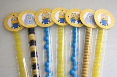 Instant Download  2 inch Circle Toppers  Minions / di SweetSnazzy, $8.00