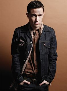 Joseph Gordon-Levitt - I pinned this here by accident, but I'm keeping it because I want him to be in our home.