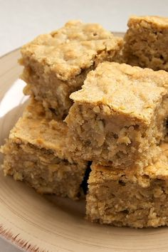 Peanut Butter Banana Bars are soft, chewy, moist bars packed with big flavor. Love this flavor combination! - Bake or Break