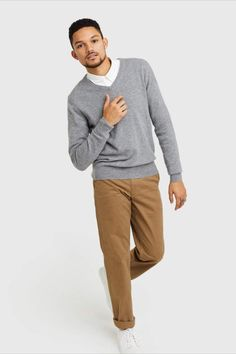 Mongolian Cashmere V-Neck Cashmere Sweater Men, Men Sweater, Best Sellers, Heather Grey, That Look, V Neck, Pairs, Jeans, Classic
