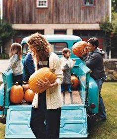 How to choose the best pumpkin for carving.