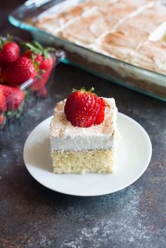 The BEST authentic homemade Tres Leches Cake. An ultra light cake soaked in a sweet milk mixture and topped with fresh whipped cream and cinnamon. This simple Mexican dessert is one of our favorites! Funnel Cakes, Cupcakes, Cupcake Cakes, Biscotti, Oreo, Three Milk Cake, Dessert Crepes, Light Cakes, Brownie