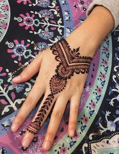 For any questions or reservations henna wedding please feel free to contact us . Mehndi Designs Book, Stylish Mehndi Designs, Mehndi Patterns, Mehndi Design Images, Beautiful Henna Designs, Simple Mehndi Designs, Henna Tattoo Designs, Mehedi Design, Design Model