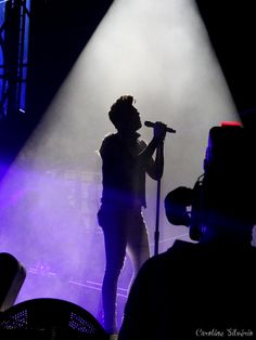 Adam Lambert 2015.9.16 carolsilverio.com/2015/09/17/queen-adam-lambert-dont-stop-them-now/