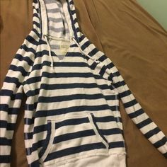 FINAL SALEAerie Striped Hoodie Navy and white striped hoodie from Aerie. Only worn a few times, very comfy. No tears, stains or defects. aerie Sweaters