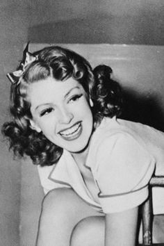 """vintageprecious: """""""" Lana Turner on the set of Two Girls on Broadway """" """" Hooray For Hollywood, Golden Age Of Hollywood, Vintage Hollywood, Hollywood Stars, Classic Hollywood, Hollywood Icons, Classic Actresses, Hollywood Actresses, Actors & Actresses"""