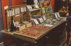 How to be an awesome vendor, from the perspective of a craft show organizer. From http://www.handmadesuccess.com