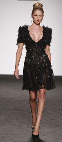 Renato Balestra abito nero piume