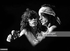 World's Best Joe Perry Musician Stock Pictures, Photos, and Images - Getty Images Rock And Roll Bands, Rock N Roll, Brad Whitford, Liv Tyler 90s, Steven Tyler Aerosmith, Joe Perry, The Jam Band, Rock Legends, Good Music