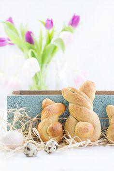 Hefe-Osterhasen mit Mohnfüllung // von Maras Wunderland