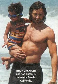Oscar and Hugh Jackman Hugh Wolverine, Men And Babies, Z Cam, I Like Him, Gary Oldman, Celebrity Dads, Celebrity Style, Muscular Men, Ben Affleck