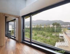 exterior glass window
