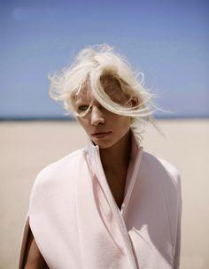 Aline Weber by Annemarieke Van Drimmelen for Vogue (NL), July 2014 .