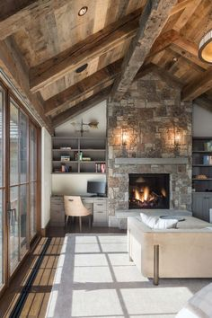"amazing modern rustic living room design for your family 16 > Fieltro.Net""> 32 Amazing Modern Rustic Living Room Design For Your Family Home Renovation, Home Remodeling, Casa Loft, Rustic Home Design, Rustic Homes, Family Room Design, Rustic Family Rooms, Rustic Room, Rustic Interiors"