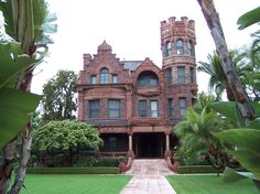 This Richardsonian Romanesque Revival Mansion At 4717 St