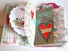 My Loves...A Valentine's Day Mini. Mini con rilegatura cucita e interno ricco di…