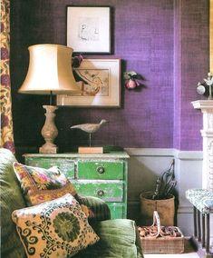 rinconcito con verde y orquídea radiante en perfecta armonía #decoracion #interiorismo #color #pantone